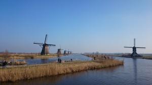 Molens op de Molenkade in Kinderdijk UNESCO